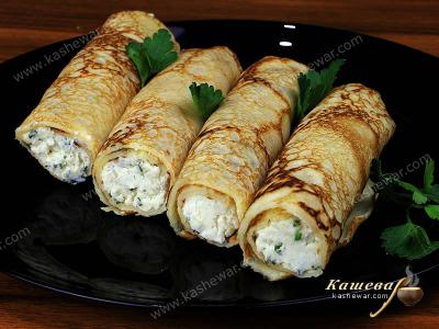 Pancakes with Cottage Cheese and Greens