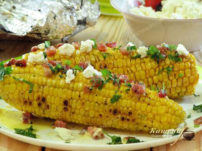 Grilled Corn with Bacon and Cheese