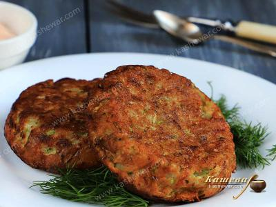 Zucchini and apple pancake