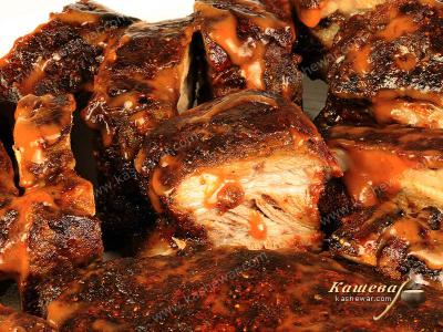 Pork ribs in barbecue sauce