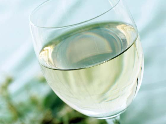 Dry white wine – recipe ingredient