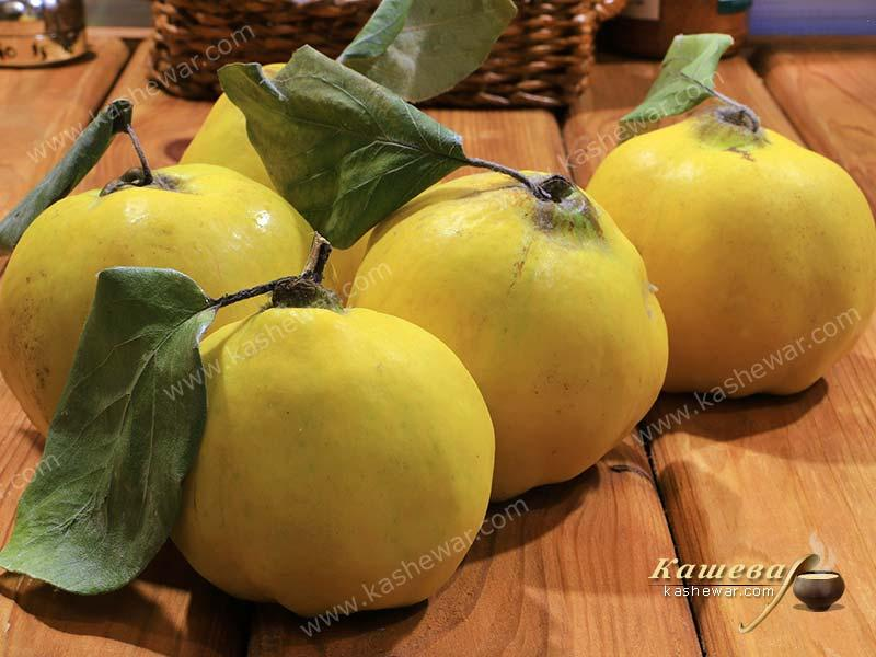 Quince – recipes ingredient