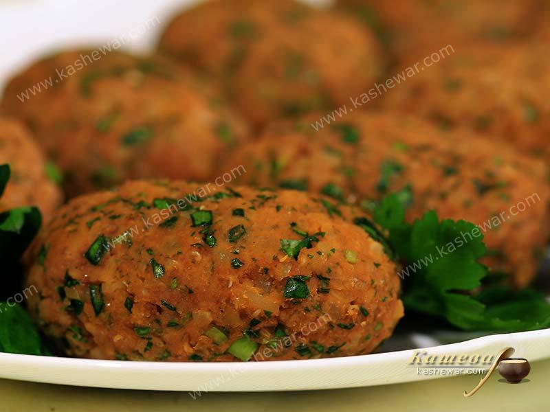 Lentil cutlets with bulgur – recipe with photo, Turkish cuisine