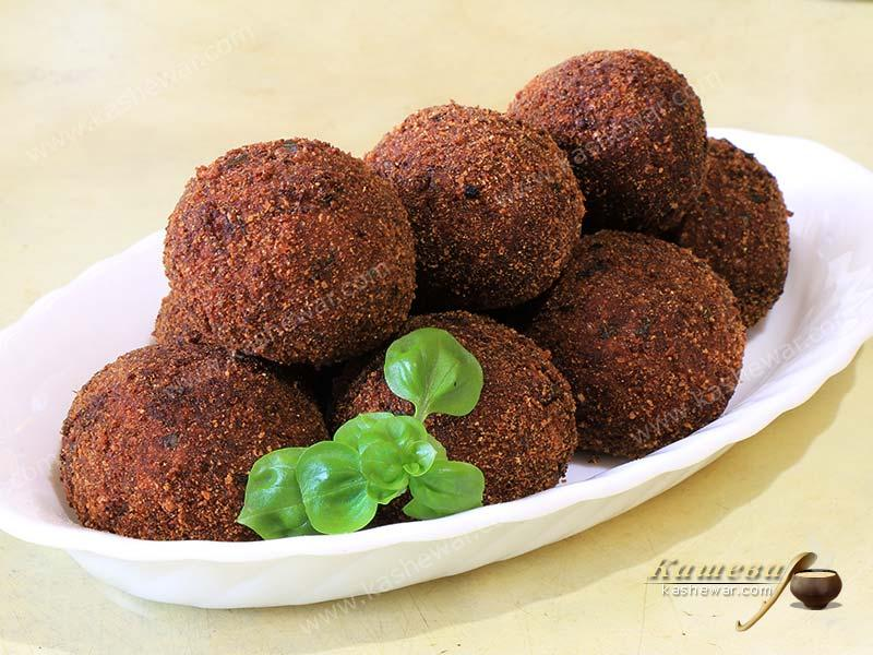 Eggplant balls (Polpette di melanzane) – recipe with photo, Italian cuisine