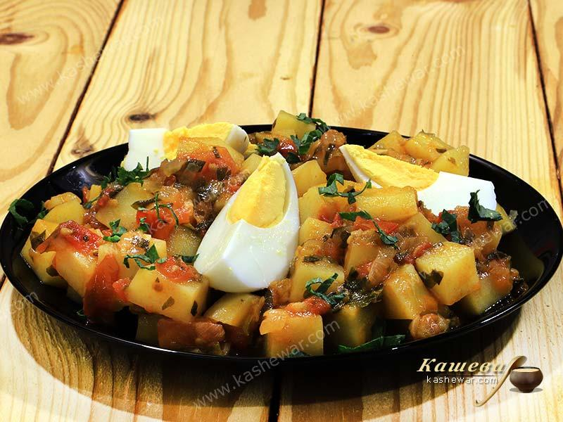 Potatoes in spicy tomato sauce – recipe with photo, Indian cuisine