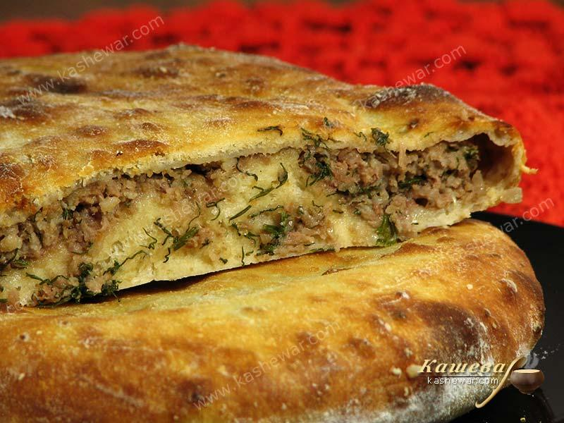 Flatbread with meat