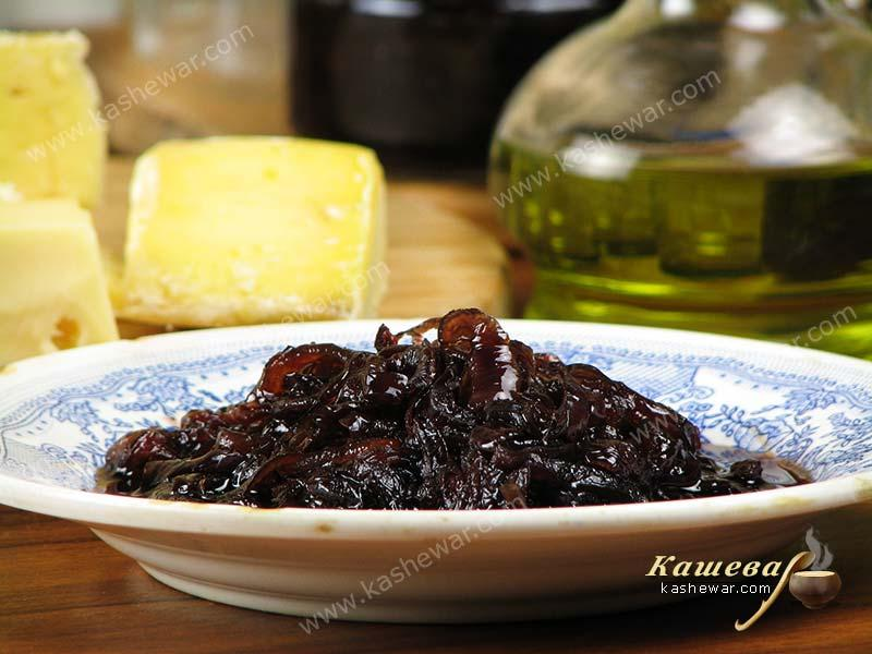 Onion marmalade (Marmellata di cipolle di Tropea) – recipe with photo, Italian cuisine