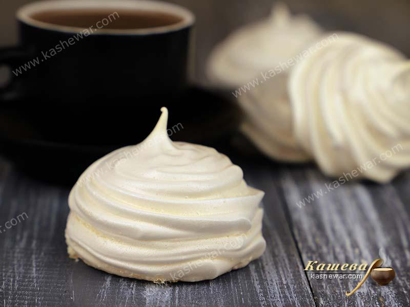 Meringues – recipe with photo, French cuisine