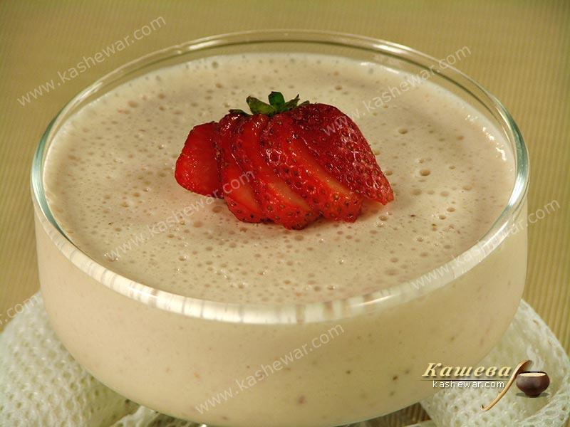 Mousse with white chocolate and strawberries – recipe with photo, French cuisine