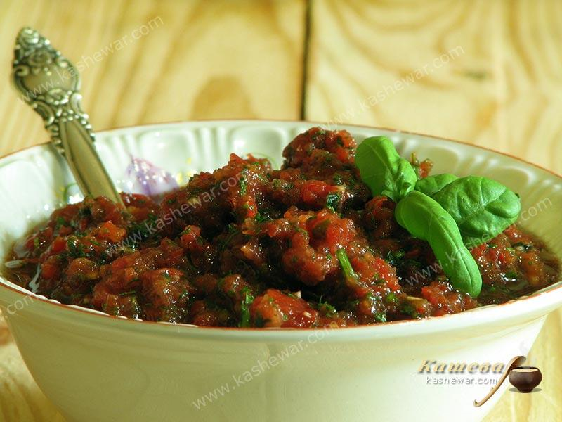 Tomato, bell pepper and greens sauce – recipe with photo, dishes for raw foodists