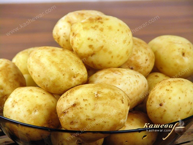 Peeled new potatoes