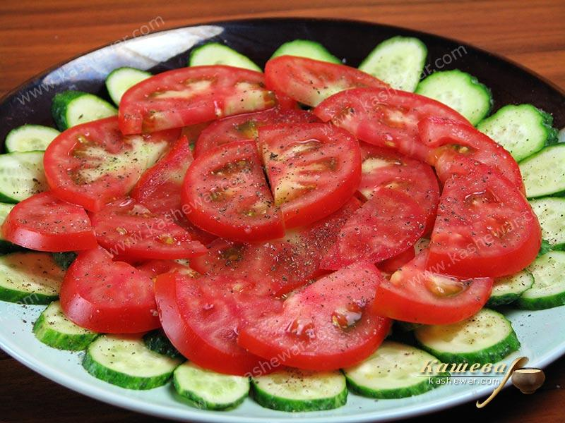 Cucumbers with tomatoes