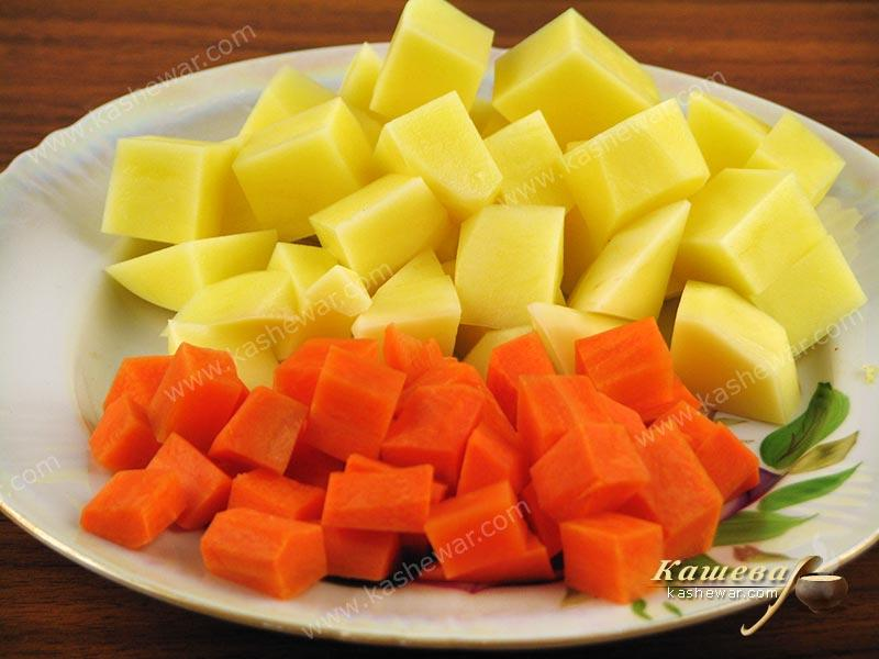 Diced potatoes and carrots