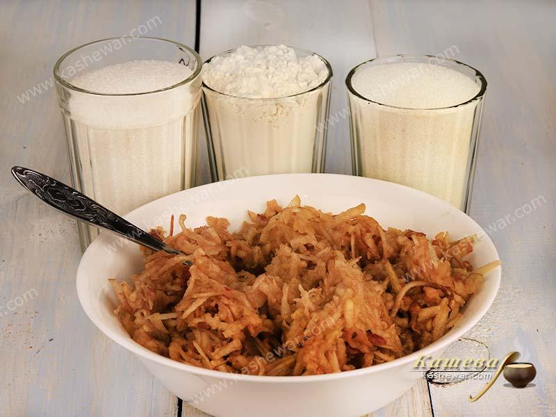 Grated apples, milk, flour and sugar