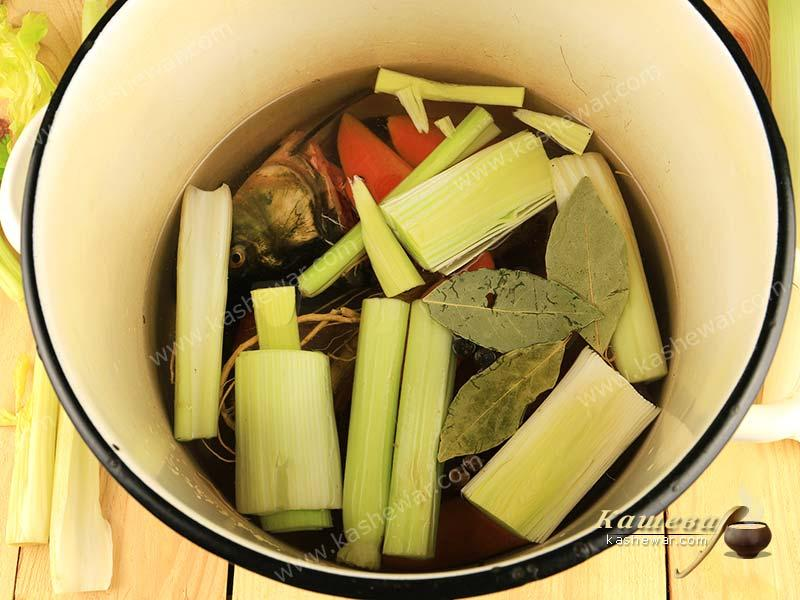 Cooking of carp broth