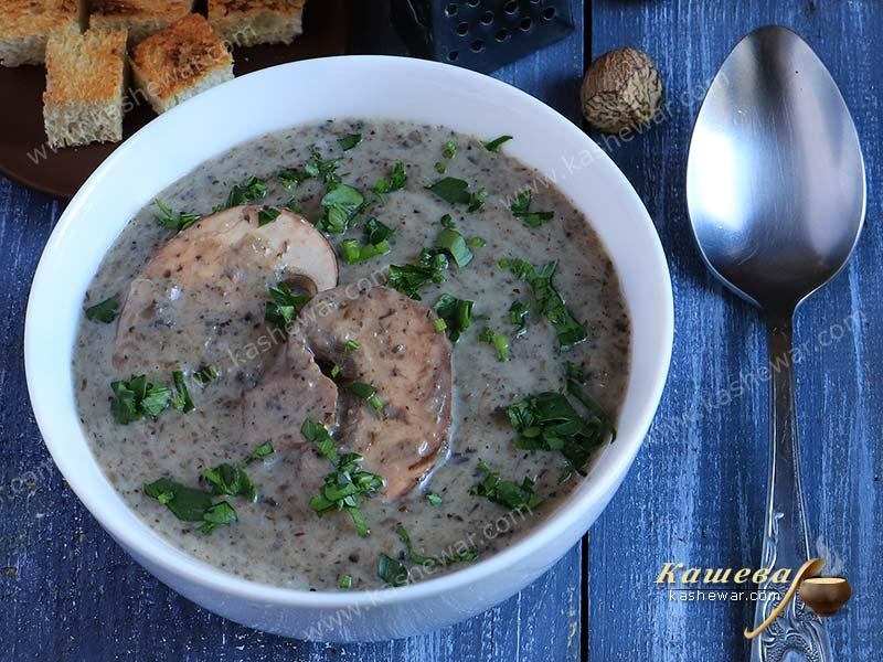Champignon cream soup – recipe with photo, french cuisine