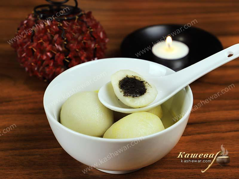 Glutinous Sweet Rice Balls (Yuanxiao) – recipe with photo, Chinese cuisine